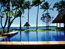 うれしい朝食付♪人気の豪華5つ星ホテル☆ヘブンリーベッドが評判のウェスティン・デナラウ・アイランドリゾート4日間