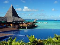 【広島発着】ランギロアブルーを体感★行ってみたい憧れのランギロア島!星野リゾートKIAORAランギロア(水上バンガロー)朝食付3泊6日