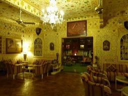 ★一人旅★プチホームステイで朝ヨガ&インド料理作り&サリーをまとってタージマハル♪ジャイプールで邸宅改装ホテルに2連泊 女子旅7日間