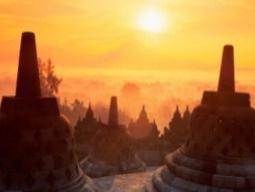 ≪ひとり旅応援♪≫世界最大級の仏教遺跡「ボロブドゥール寺院」で朝日鑑賞★プランバナン観光付き!古都ジョグジャカルタ満喫4日間