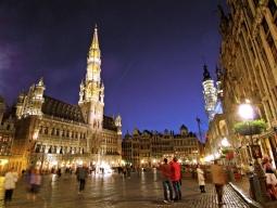 KLMオランダ航空で行く★美しい街並みと芸術に触れる アムステルダム6日間 洗練された5つ星高級ホテル「オークラ」指定