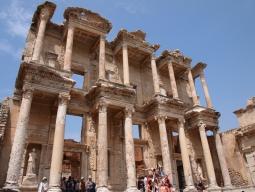 女子旅♪トルコ人気2都市周遊≫カッパドキアは魅惑の洞窟ホテル泊&ディナー1回プレゼント♪イスタンブールは観光に便利な「アスコチ」指定6日間
