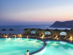 美しいエーゲ海を望む<ロイヤルミコニアン>に3連泊 ミコノス&アテネ7日間イメージ1
