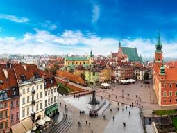 KLMオランダ航空で行くドイツ×ポーランド周遊♪首都ベルリン&ワルシャワ6日間お値段重視のフリープラン