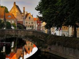 【関西発着】<ベルギー周遊>KLMオランダ航空で行く★美しい中世の街並みが残るブリュッセルと水の都ブルージュを巡る7日間