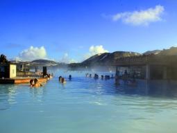 ≪エアカナダで行く≫絶景国アイスランド!世界最大級の天然温泉ブルーラグーン&ゴールデンサークル観光!トロント立寄でぐるっと周遊8日間♪