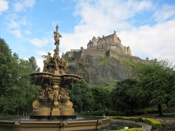 【成田発着】~イギリス国内周遊~ブリティッシュエアウェイズで行く!中世の街並みが残るスコットランドの古都エジンバラ&ロンドン6日間
