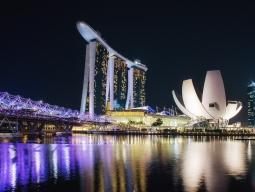 ★A380就航11月限定価格★シンガポール航空利用 ≪成田発≫選べる3つ星ホテル1泊&マリーナベイサンズ(朝食付)1泊 片道送迎付!2泊4日